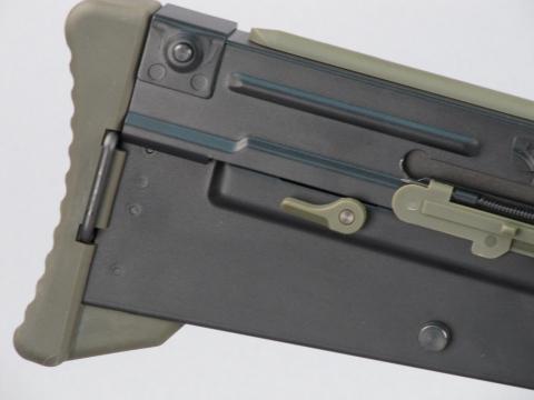 Задняя часть WE L85A2 GBB (крупный план)