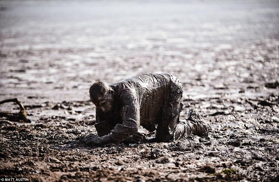 Лимпстон— единственный военный лагерь вБритании, который находится рядом сгрязевым «полигоном»